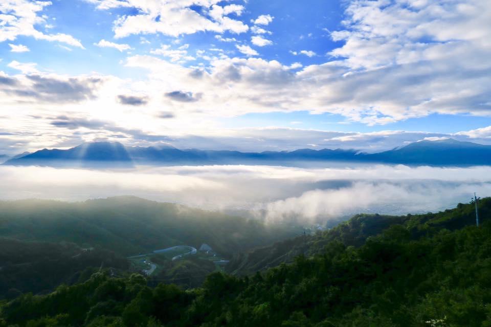 2017.8.17 thu. 坂戸山の上をゆく、対地高度高い雲海 BY UNKAI-MASTER