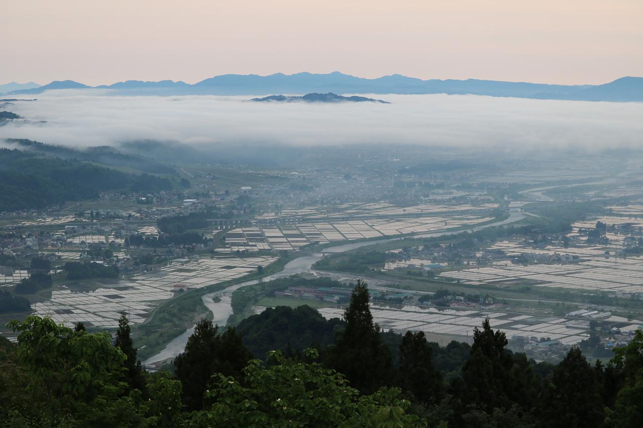 2018.5.21 mon. こんなにたくさん名山が眺められる場所ってある?いや、ない。 BY AKANE-DESIGN